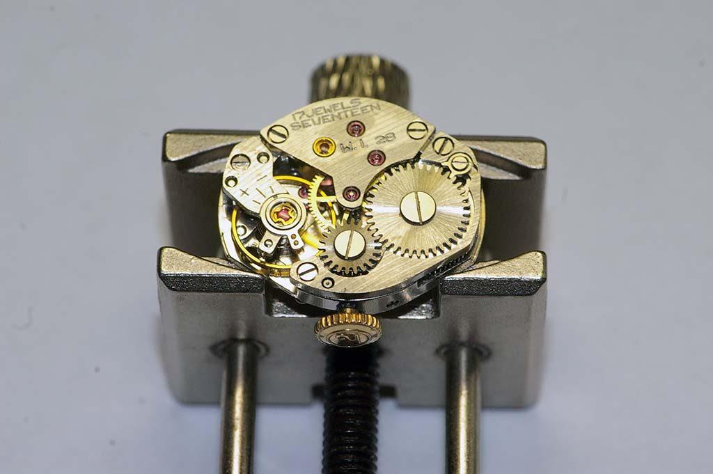 Helbros watch repair