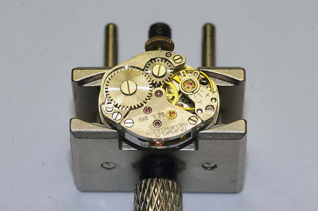 Helbros watch repair